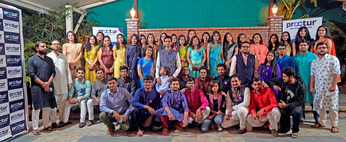 Proctur - Leading Online Teaching Company - Team Picture